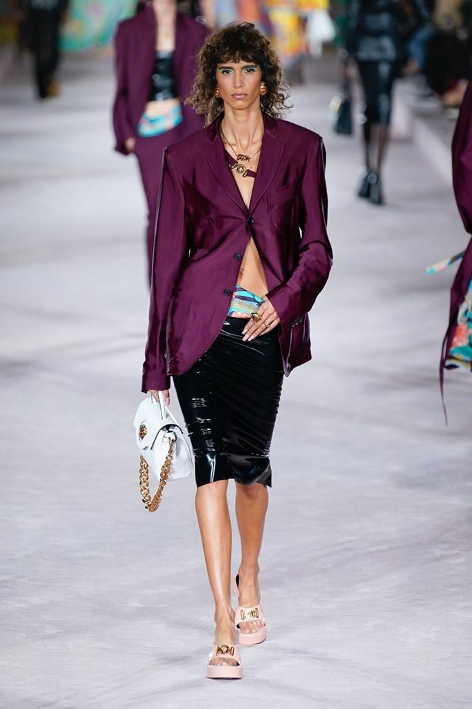 Versace_SS22_Fashionela (18)