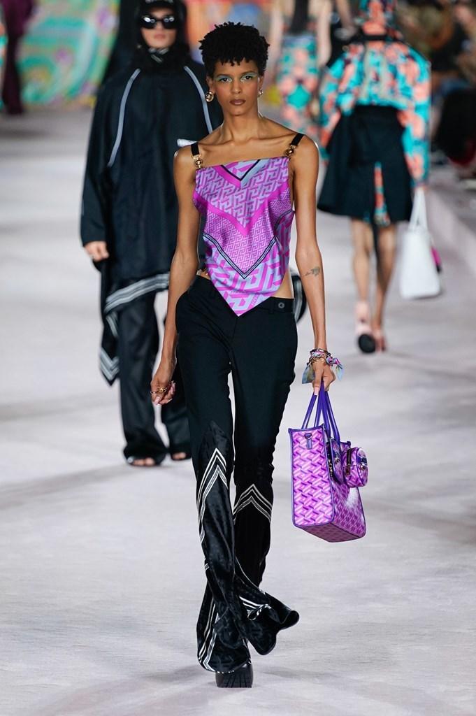 Versace_SS22_Fashionela (27)