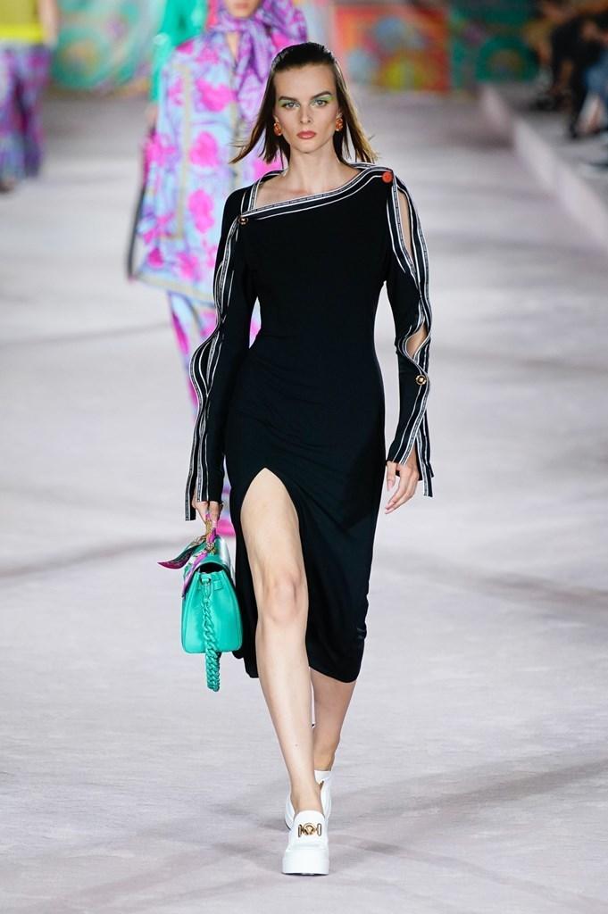 Versace_SS22_Fashionela (34)