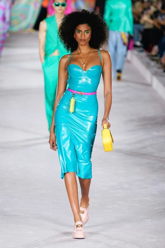 Versace_SS22_Fashionela (39)