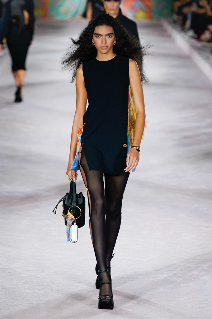 Versace_SS22_Fashionela (4)