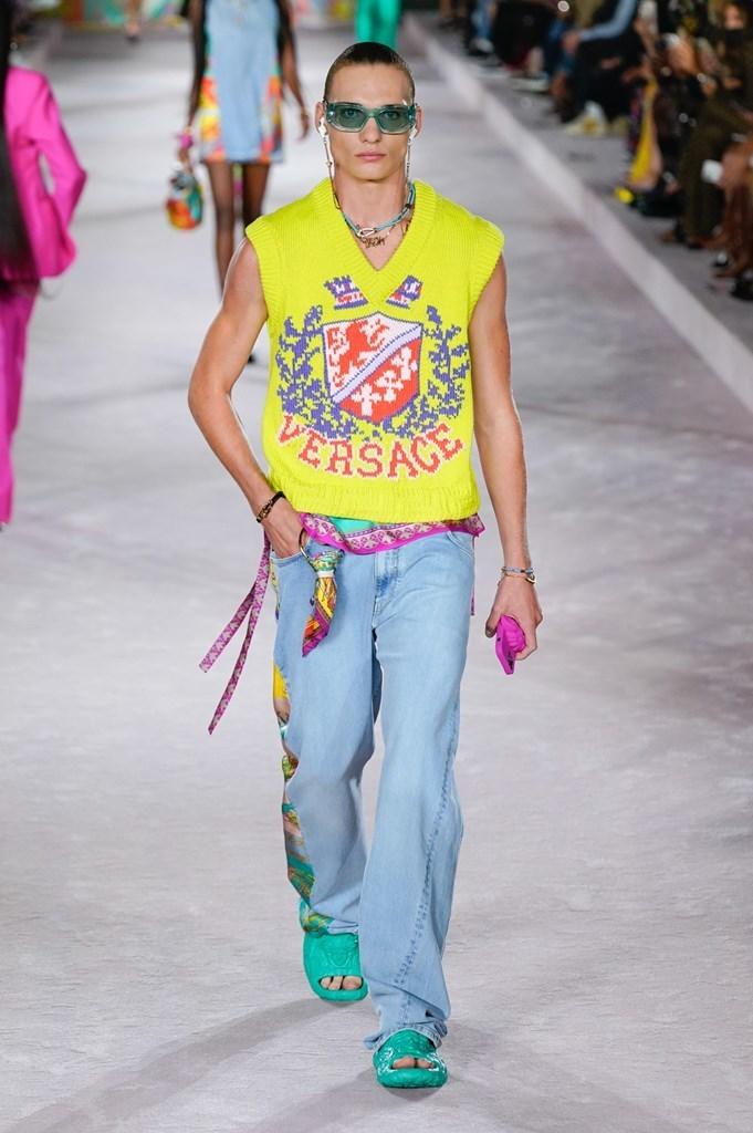 Versace_SS22_Fashionela (43)