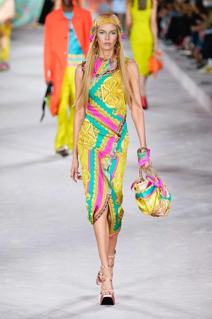 Versace_SS22_Fashionela (49)