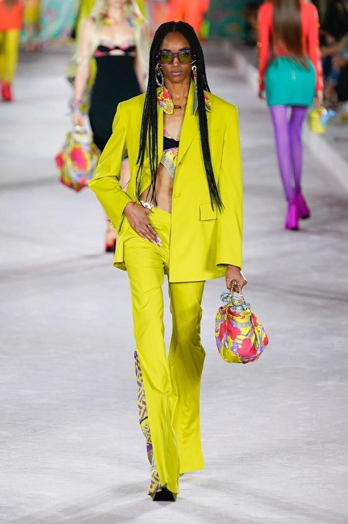 Versace_SS22_Fashionela (55)