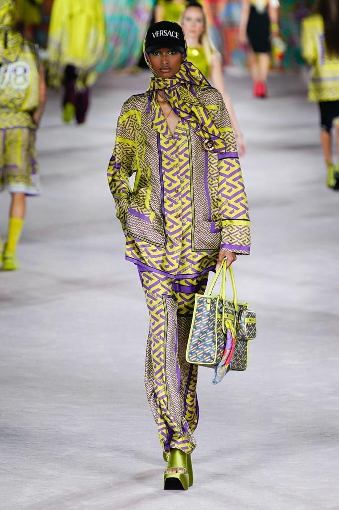 Versace_SS22_Fashionela (61)