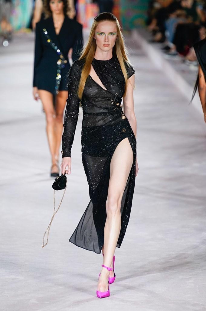 Versace_SS22_Fashionela (74)