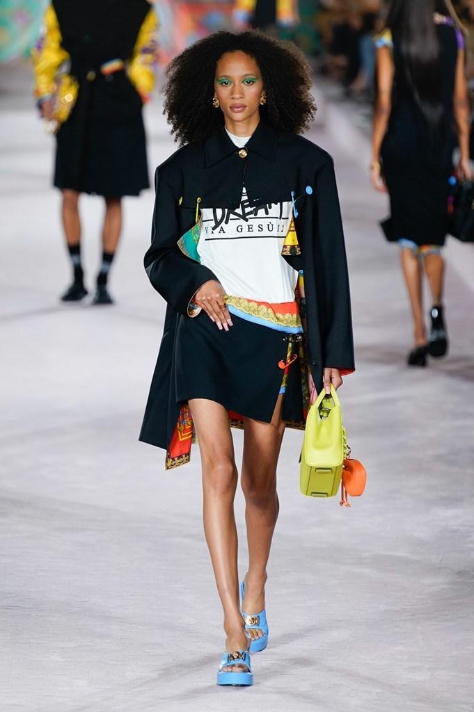 Versace_SS22_Fashionela (9)