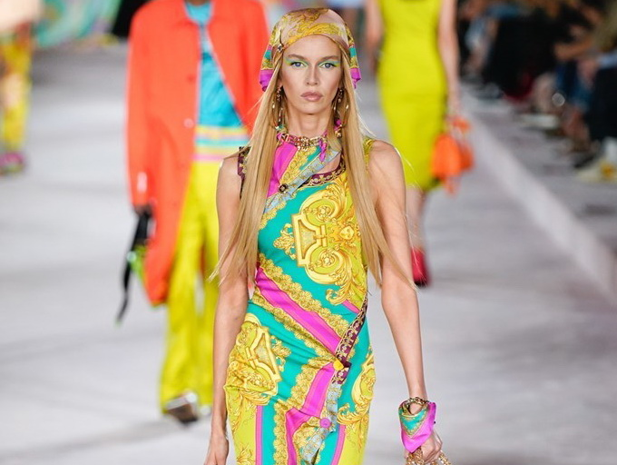 Versace_SS22_Fashionela