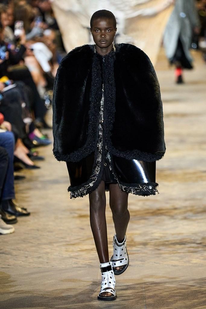 Louis_Vuitton_SS22_Fashionela (28)