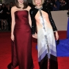 Anna Wintour sa ćerkom  Bee Shaffer,  Alexander McQueen - Savage Beauty, Met Ball 2011. godine