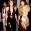 Elizabeth Hurley i Anna Wintour, Met Ball 1999. godine