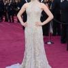 Amanda Seyfried u haljini Alexander McQueen