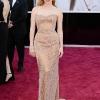 Jessica Chastain nosi Armani Prive