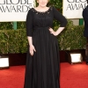Adele u Burberry haljini
