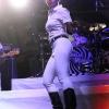 Janelle Monae nastupa na sceni
